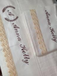 Toalha bordadas personalizadas
