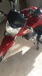 Vendo minha moto seminova