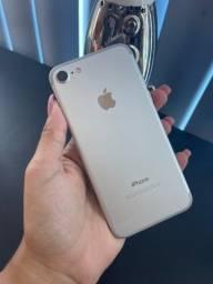 iPhone 7 32GB prata ( vitrine )