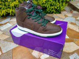 Nike Dunk High Baroque Brown