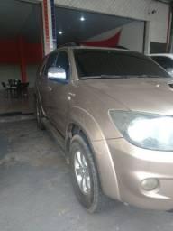 Toyota SW4 SRV 4x4 3.0 Turbo ( Diesel+Aut ) 2008