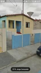 Casa grande 4 cômodos 2 dorm Vila Haro