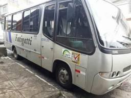 Micro-ônibus R$ 51.000,00 - 2001