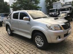 Toyota Hilux 3.0 Srv Cd automatica aro 17 2013 - 2013