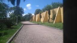 Troca por imóvel menor -Chácara 30.000m² de área e 750m² construída Centro de Colombo