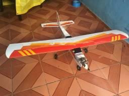 Aeromodelo Avistar
