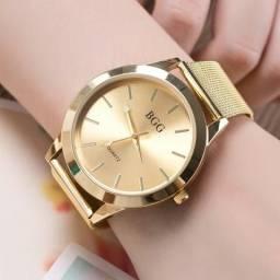 710dd9fa89f Lindo Relógio Feminino BGG em Aço com Pulseira Fina Cor Dourado ou Rosé 100%  Novo