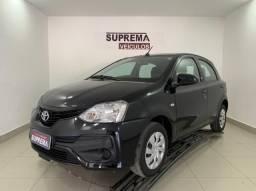 Toyota Etios HB XS 1.5 MT 5P