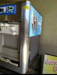 Máquina de Sorvetes Italianinha Balcão Premium - P1