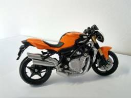 Miniatura moto MV Augusta Brutalle 1:18
