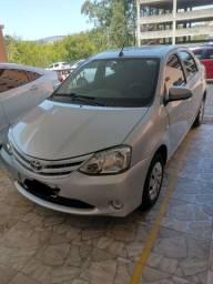 Etios Sedan 1.5 automático (completo)