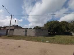 Vende-se terreno com construção no Bairro Vila Ofélia em Guaratinguetá-SP
