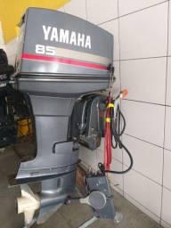 Motor de popa Yamaha 85 HP