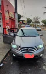 Vendo Honda City 1.5 16v LX flex automático ano 2013