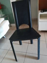 Conjunto de Cadeiras em Couro.Confira!!Baixou!!!!!!