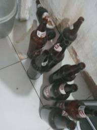 Cervejeira com garrafas litrao