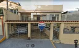 Casa com 3 dormitórios para alugar, 176 m² por R$ 1.700,00/dia - Campo Grande - Rio de Jan