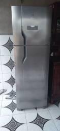 Geladeira Electrolux zerada,R$2.900, em sena madureira