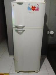 Geladeira Electrolux 436 litros