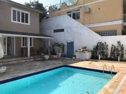 Casa com 4 quartos no melhor condomínio de Camboinhas