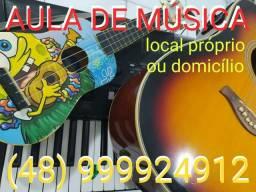 Aula de Música (bateria, violão, teclado, ukulele, cajon)