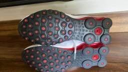 Vendo Tênnis Nike shox NZ Branco e vermelho original