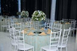 156 Cadeiras para salão de eventos Tiffany brancas