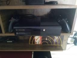 Vendo Xbox 360 completo