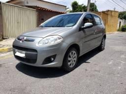 *Fiat palio atractive ano 2014*