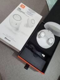 Fone de Ouvido Bluetooth JBL Free X - Branco<br><br>