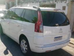 Carro C4 Grand Picasso Exclusive 7Lugares, automático, 2.0, 2013
