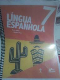 Livro de espanhol do colégio adventista