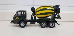 Miniatura Caminhão Fnm 210 Betoneira 1:43