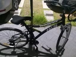 Bicicleta Caloi Andes com Aro 26, 21 Marchas