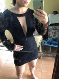 Vestido preto rendado