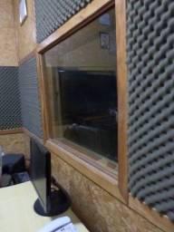 Oportunidade! Passo o material desse estúdio de gravação urgente!