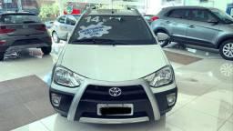 Etios  cross Toyota 1.5 mt