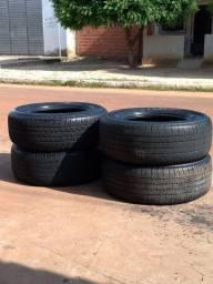 Vendo 4 pneus bridgestone 265/60/18
