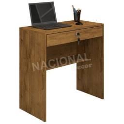 Escrivaninha Mesa para Notebook 1 Gaveta com Chave cor Nobre