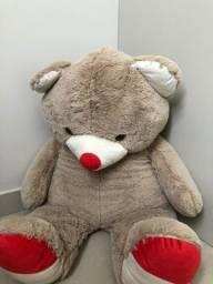 Urso de pelúcia - 1 metro