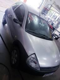 Ford KA (ar condicionado)