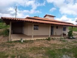 Chácara 1.500m plana C/casa de 3Q em Itatiaiuçu. Ac carro e financio