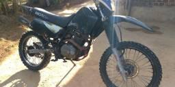 XR200 para tilha