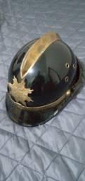 Capacete antigo brigada de incendio