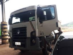 Caminhão basculante 31.320 ano 2011