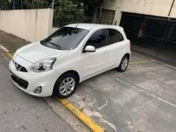 Título do anúncio: vende-se carro nissan march 1.6 LS