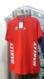 Camisas de vários marcas famosas