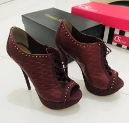 Sandália ankle boot vinho couro marca Dumond número 36 original nova
