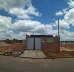 Residência em fase de acabamento no Gralha Azul-Fazenda Rio Grande-PR. R$45,000,00