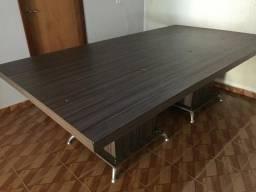 Vendo mesa de MDF. Linda, ótima para escritório